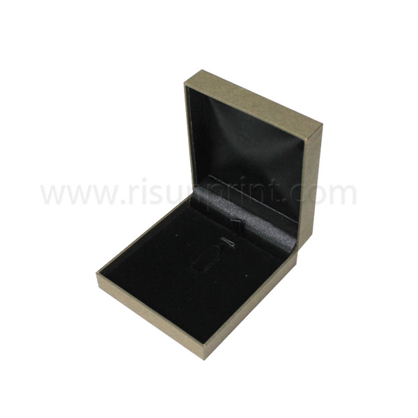 Custom Logo Necklace Boxes